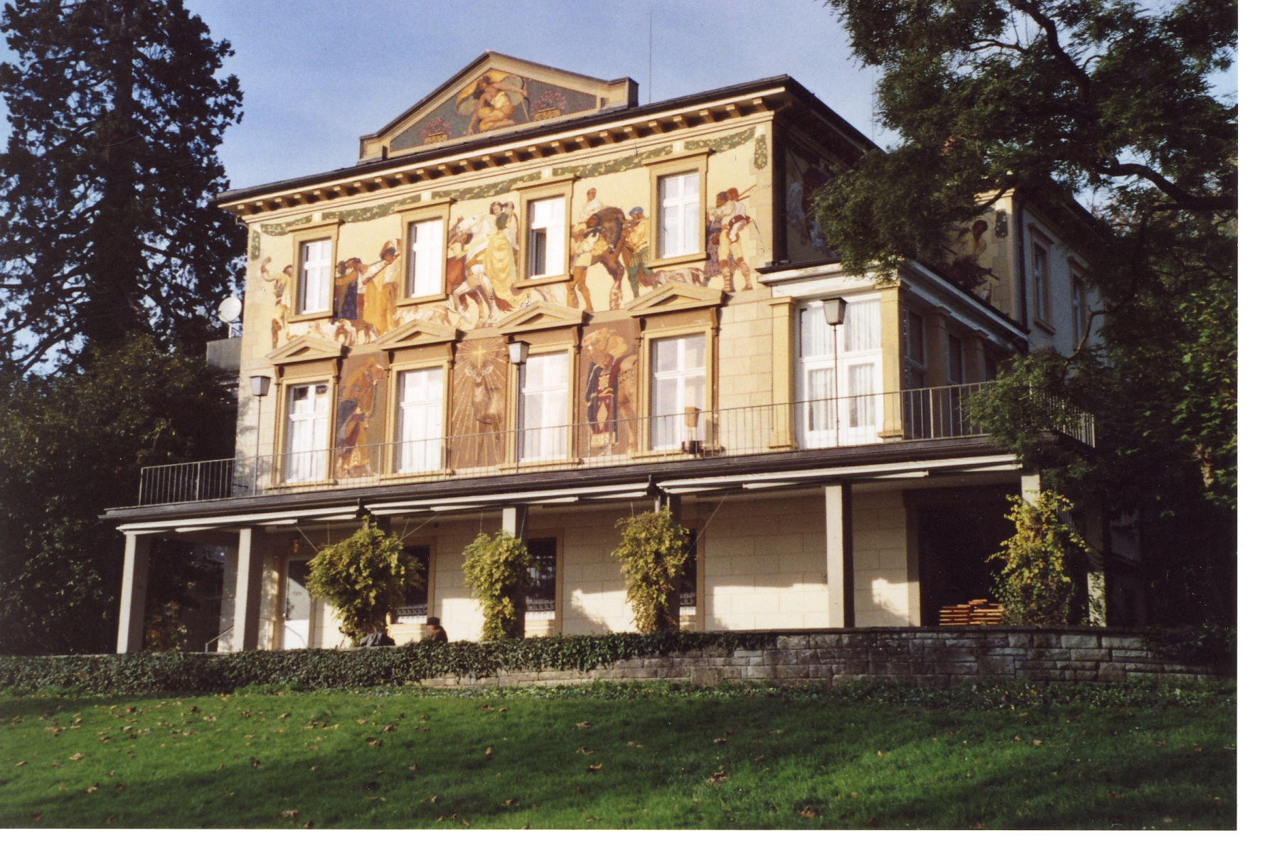 Fenster im Denkmalschutz:  Villa Priem Konstanz - abdichten, sanieren, erhalten